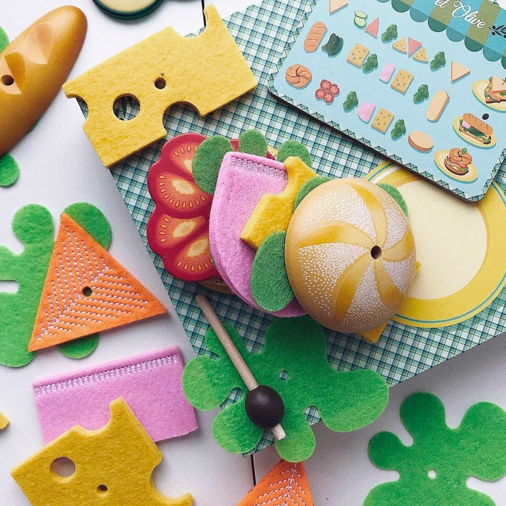 Kitchen Toys and Play Foods