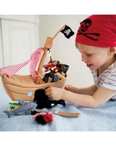 Oskar & Ellen Pirate Ship Toy